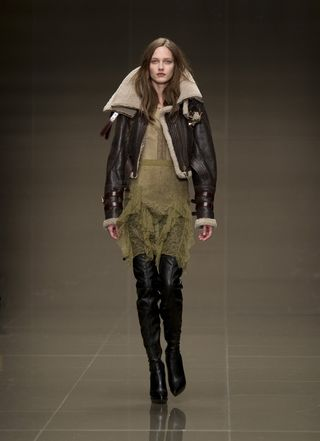 Burberry_prorsum_autumn_winter_2010_womenswear_collection_01