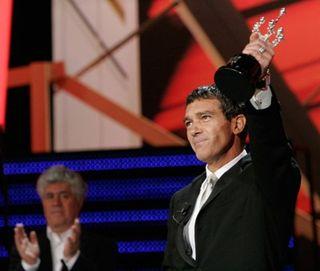Antonio-banderas-recibe-premio-donostia
