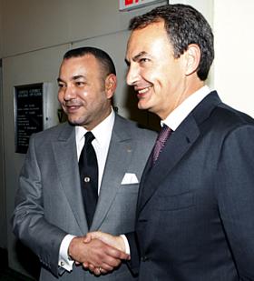 Zapatero con el rey de Marruecos, Mohamed VI (Foto: EFE)