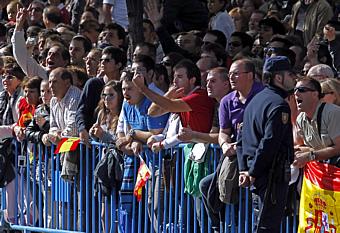 El público abuchea a Zapatero en el desfile por el Día de la Hispanidad (Foto: EFE)
