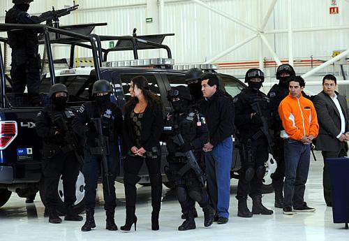 La detención de varios supuestos narcotraficantes en Ciudad de México (Foto:EFE)