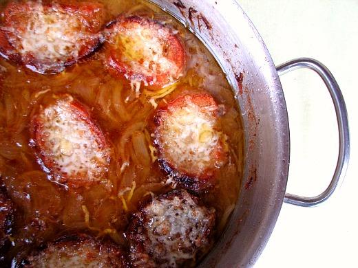 Sopa cebolla tomillo