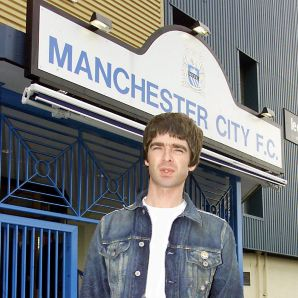 Noel_gallagher_manchester_city_oasis_football