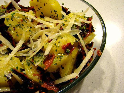 Ensalada patatas bacon romero