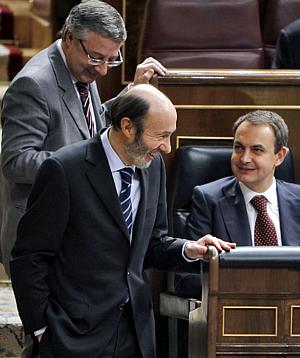 Rubalcaba, Blanco y Zapatero, este miércoles en el Congreso (Foto:EFE)