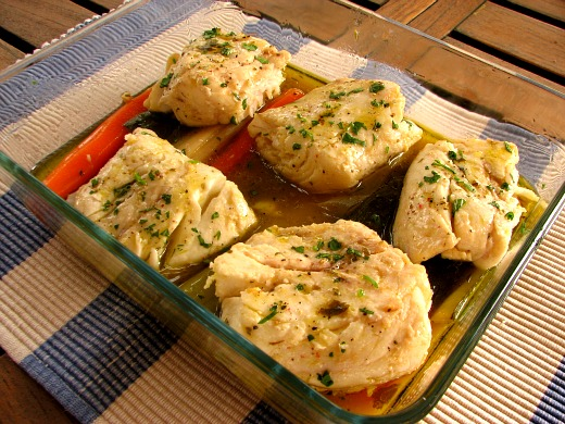 Merluza pochada con verduras agridulces el comidista - Salsa para verduras al horno ...