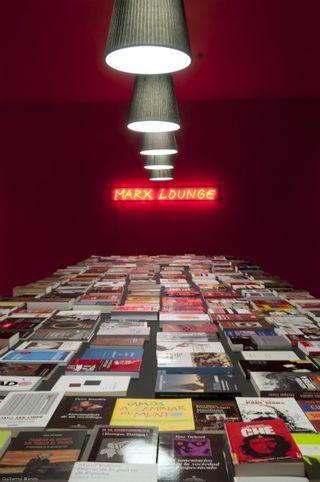 Marx lounge.baja