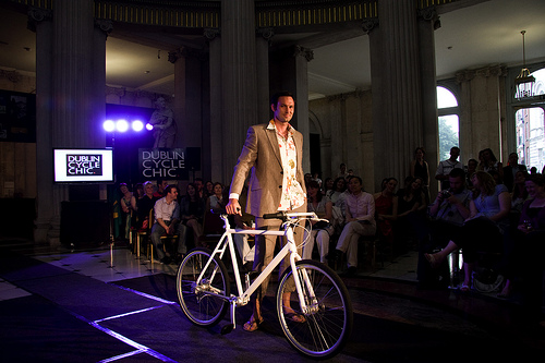 Cycle chic Dublin. Mikael Colville
