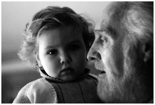 Abuelo-y-su-nieta
