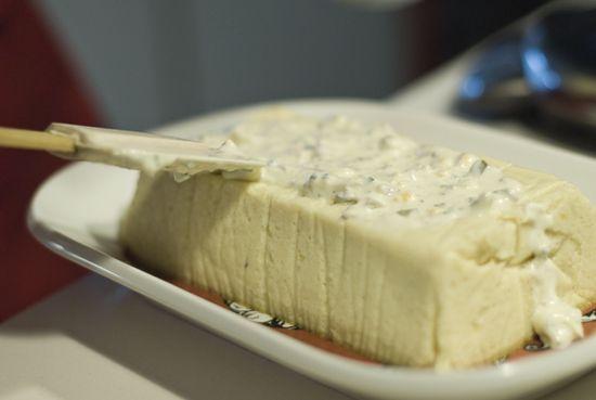 Pastel-merluza-salsa-tartara