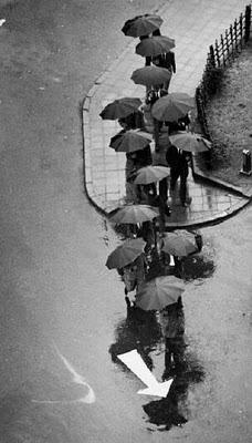 Andre_Kertesz_Rainy_Day_Tokyo_1318_