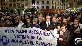Manifestación en repulsa por la muerte de Susana Galeote. / Efe