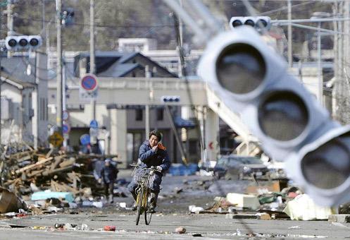 Las calles de Japón el 12 de marzo. Foto: AP