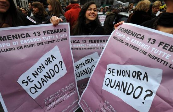Una manifestación contra Berlusconi (Foto:AFP)