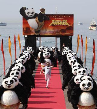 2008_kung_fu_panda_pandamonium_001