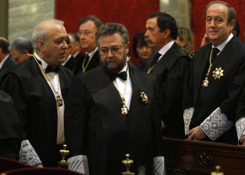 Rafael Gimeno-Bayón (centro) Álvaro García