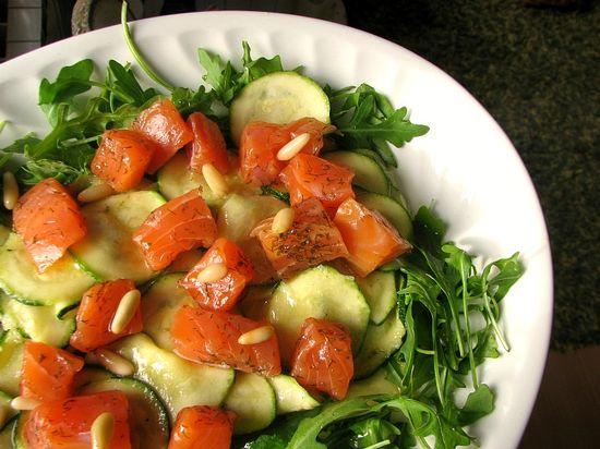 Ensalada salmon calabacin marinado