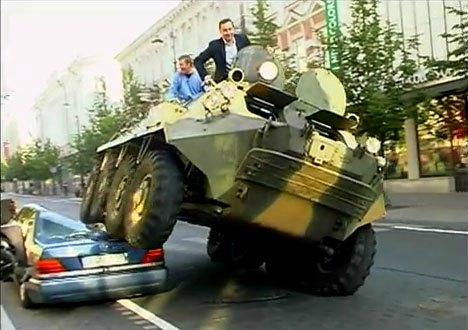 Arturas-zuokas-vilnius-lithuania-mayor-tank-car