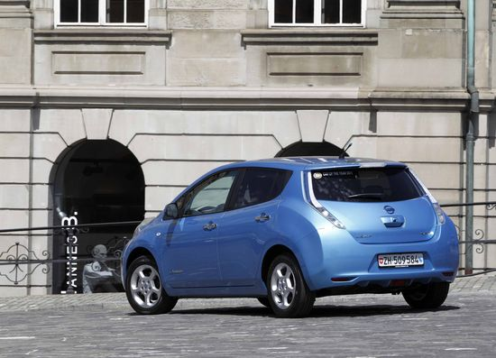 Nissan Leaf vista trasera