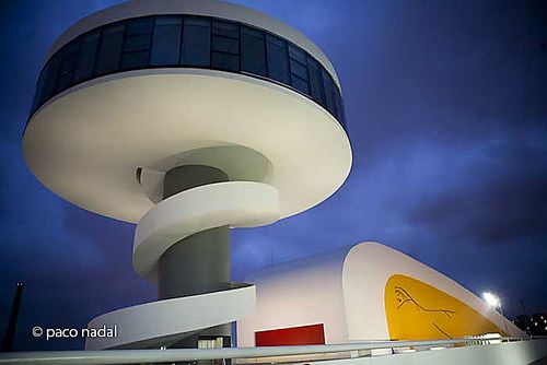 Niemeyer 3
