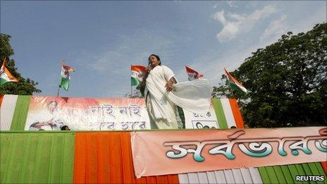 Mamata Banerjee, la mujer que logró desbancar a los comunistas del gobierno de Bengala Occidental.