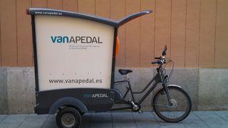 Tricicle de vanapedal