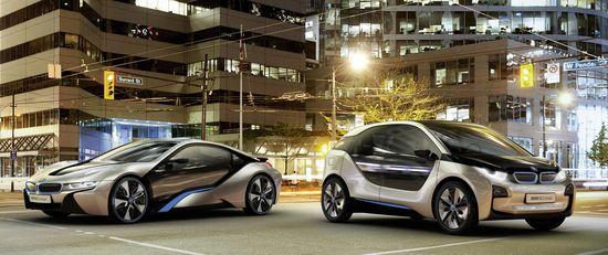 Coches eléctricos de BMW: i8 (izquierda) e i3