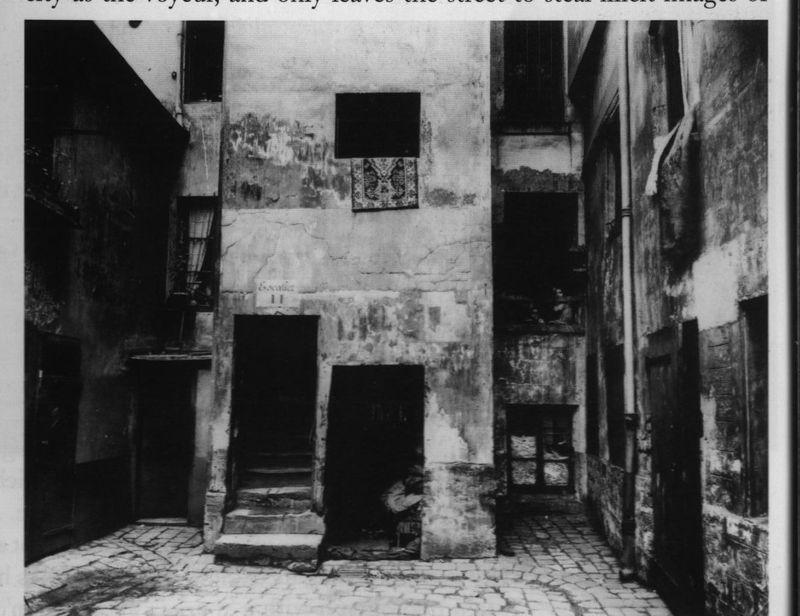 Eugene Atget - Cour 41 rue Broca Paris 5, 1912