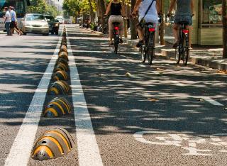 Los separadores de carril bici