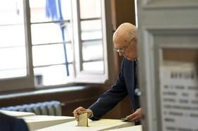 Napolitano voto per referendum 2011_280xFree