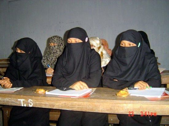 Classroom-education-on-HIV-and-AIDS-at-Madrasa