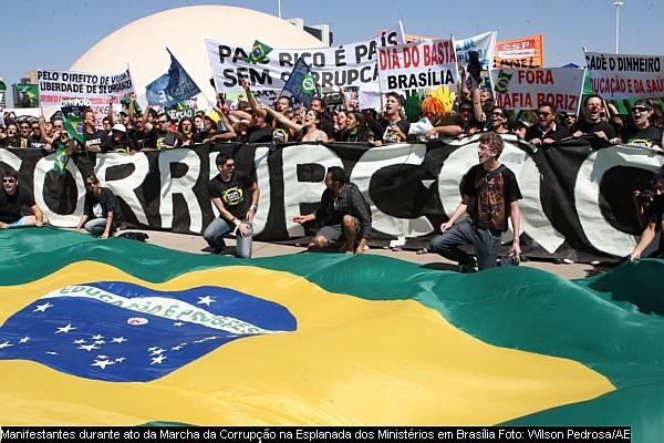 Marcha_corrupcao_brasilia_wilson_pedrosa_ae_07092011_600