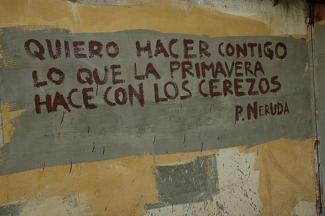 Foto sobre poesia Neruda