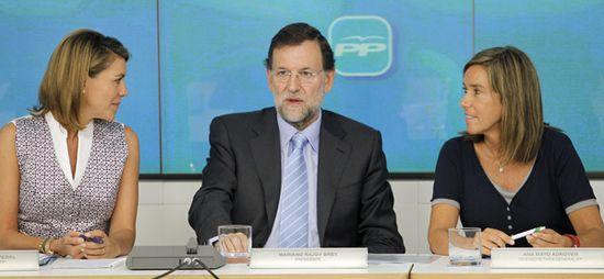 Rajoy, con Cospedal y Mato