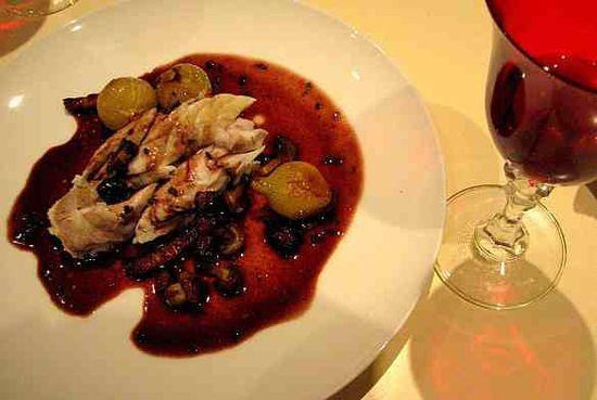 Lubina-salsa-bordelesa-vino-tinto