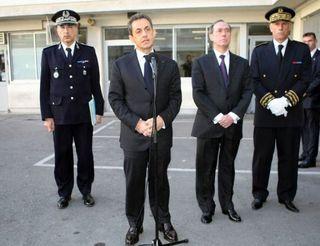 SarkozyAnunciaMuertePoliciaMarsella