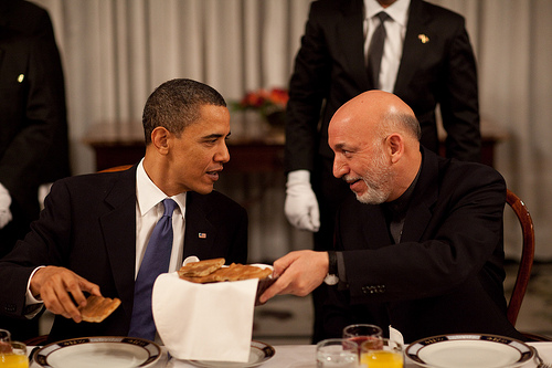 Barack Obama y Hamid Karzai