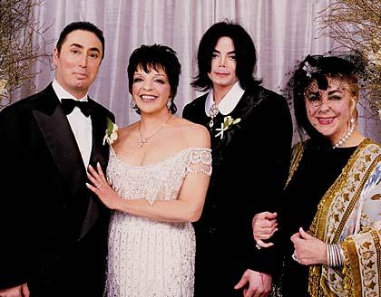 Elizabeth-Taylor-and-Michael-Jackson-1