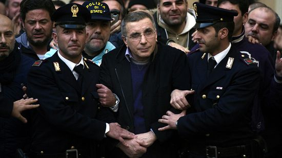 Detencion.Michele-Zagaria.Dic2011.AFP