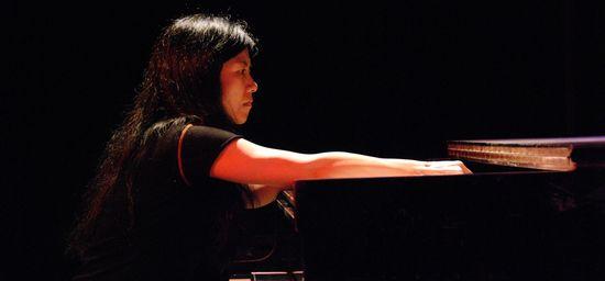 Satoko Fujii by Stefan Postius