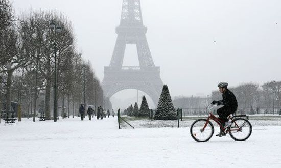 Velo Paris. Reuters / John Schults