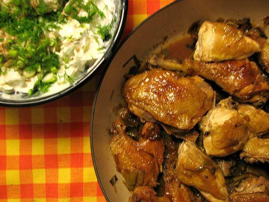 Pollo con ajetes y moscatel
