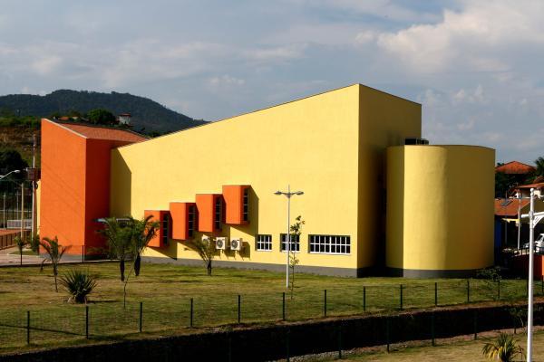 Escuela tecnica (2)