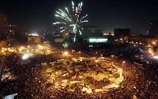 Noche-celebracion-Plaza-Tahrir