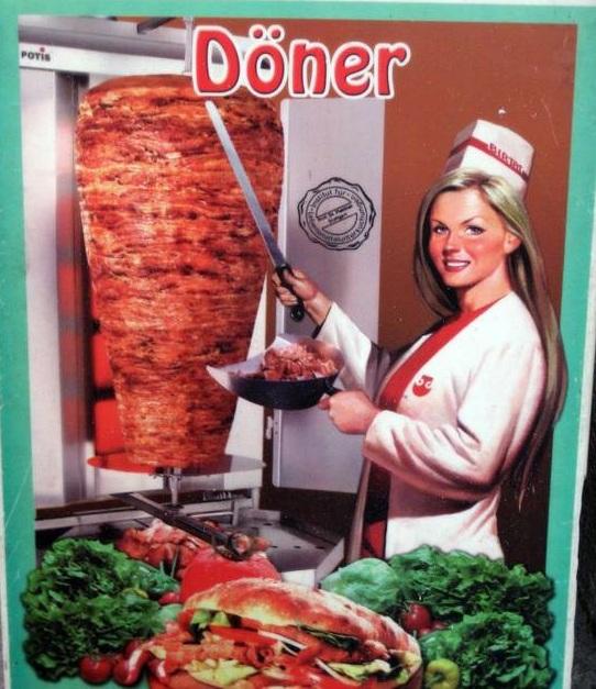 Al comidista sigue girando el kebab cuando cierran el - Mikel lopez iturriaga novio ...