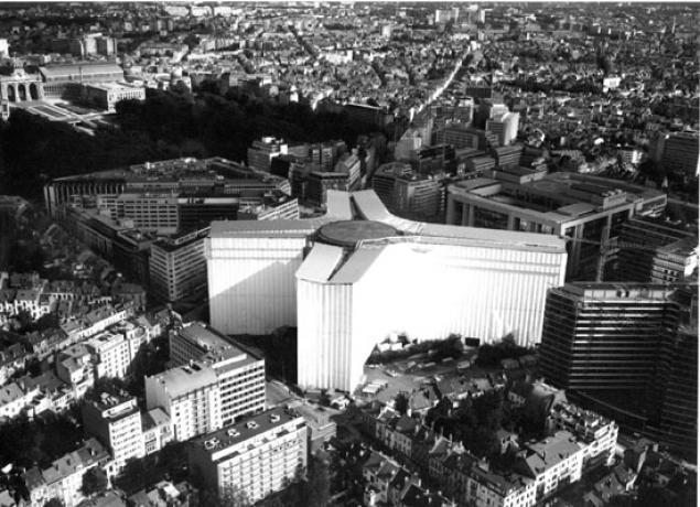 Edificio_Berlaymont_sede_Comision_Europea_Bruselas