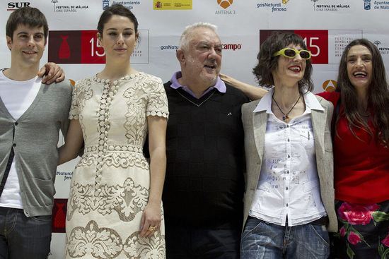 Uribe (c), Gárate,  Suárez, Molina y la guionista Remedios Crespo