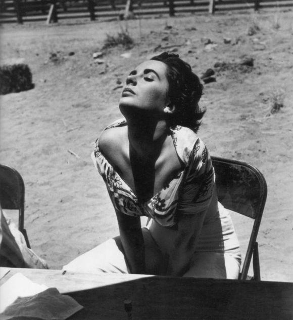 Elizabeth-taylor-giant-set-1955