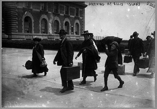 Inmigrantes en Ellis Island / Foto: Biblioteca del Congreso de EE UU.