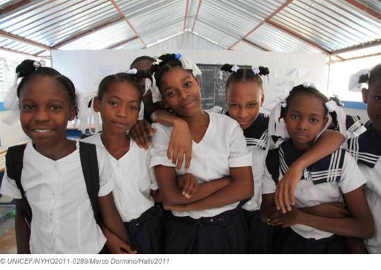 Niñas haitianas